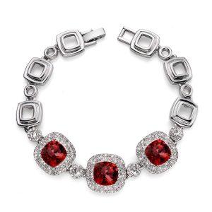 دستبند قرمز مدل اعتبار